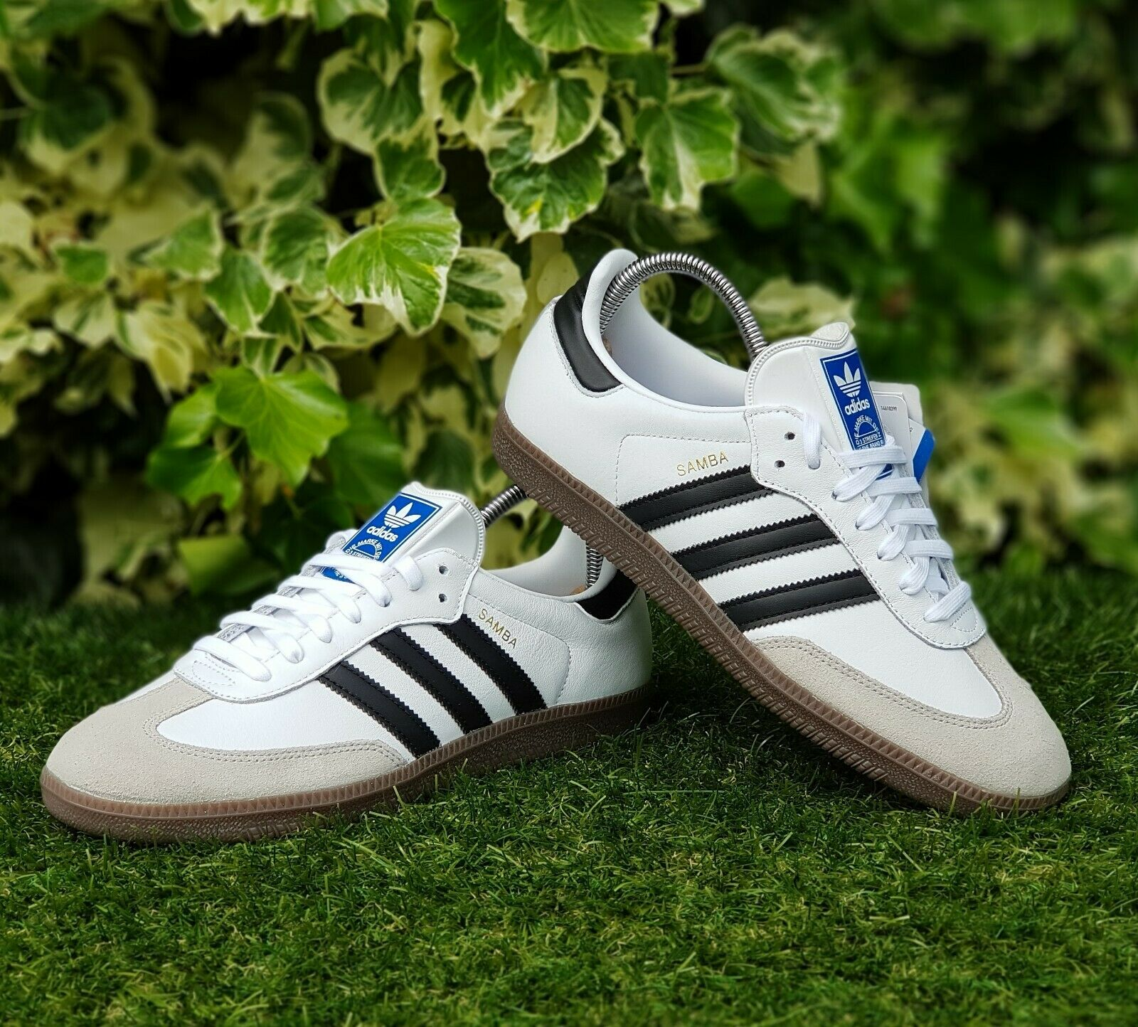 BNWB & auténticos Adidas Originals ® Samba og En Cuero blancooo Entrenadores UK Talla 8
