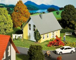 Faller-130317-Einfamilienhaus-gelb-neu-OVP-Haus-Wohnhaus