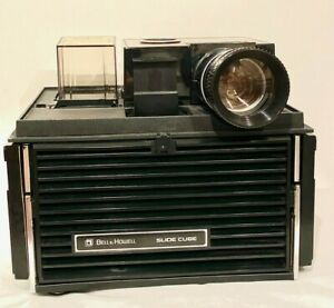 VINTAGE-BELL-amp-HOWELL-SLIDE-CUBE-PROJECTOR-WITH-REMOTE-CONTROL