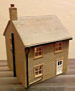 Hornby-OO-Guage-Skaledale-Lyddle-End-034-Love-Lane-Cottage-034-R8551-VGC
