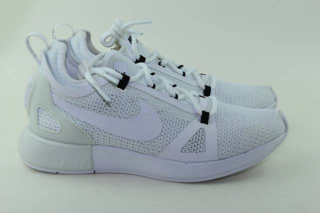 NIKE DUEL RACER WOMAN SIZE 7.5 NEW WHITE RUNNING COMFORTABLE