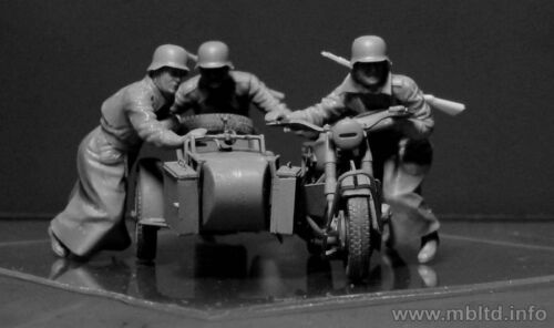 4 Figures Master Box 35178 German Motorcyclists WWII Era plastic kit 1//35