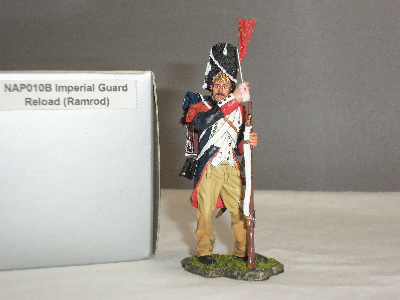 THOMAS GUNN NAP010B FRENCH IMPERIAL GUARD RELOADING RAMROD TOY SOLDIER FIGURE