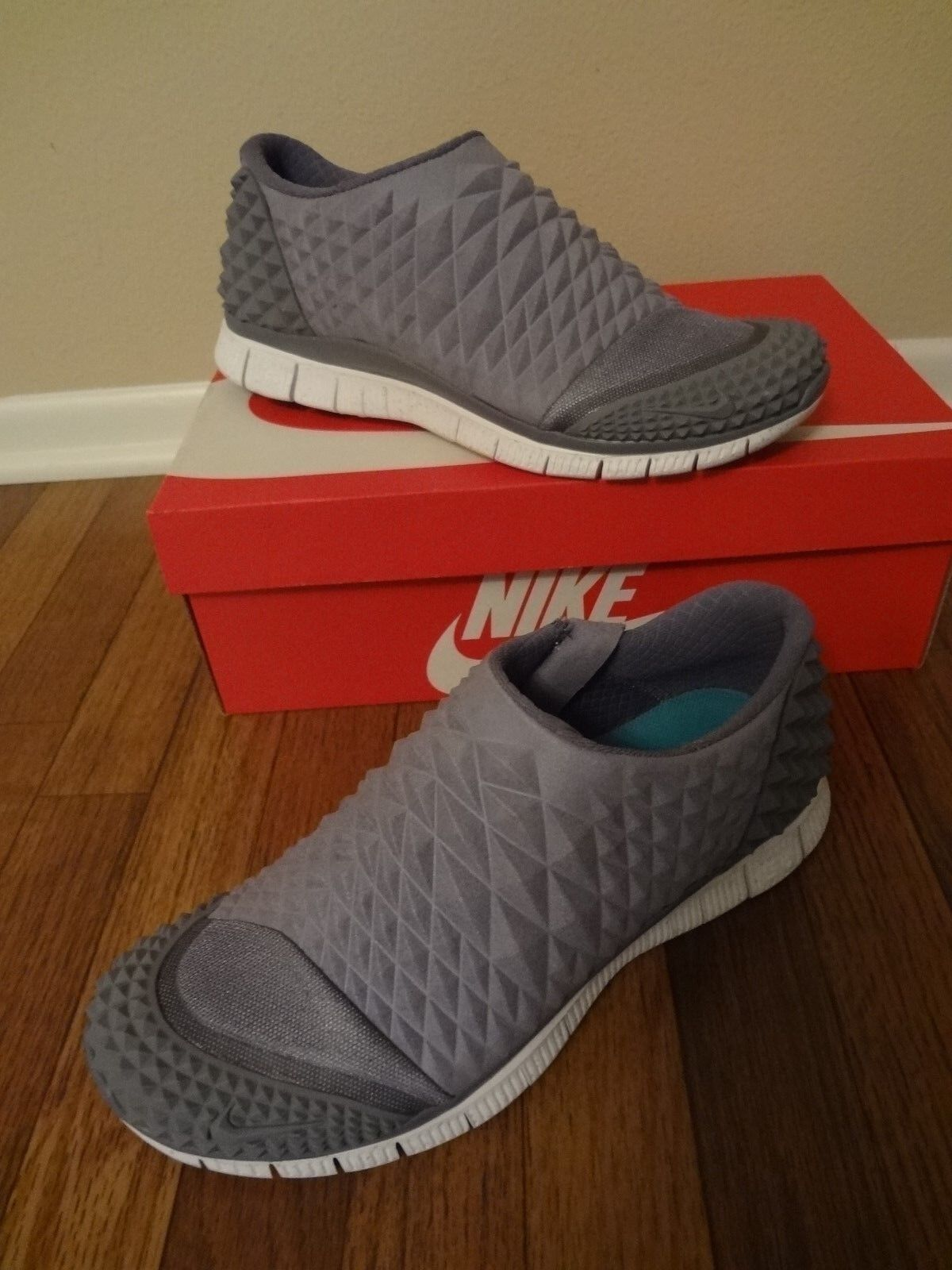 NIKE FREE ORBIT II SP Size 11 Cool Grey 657738 090 Rare DS Limited NIB yeezy og