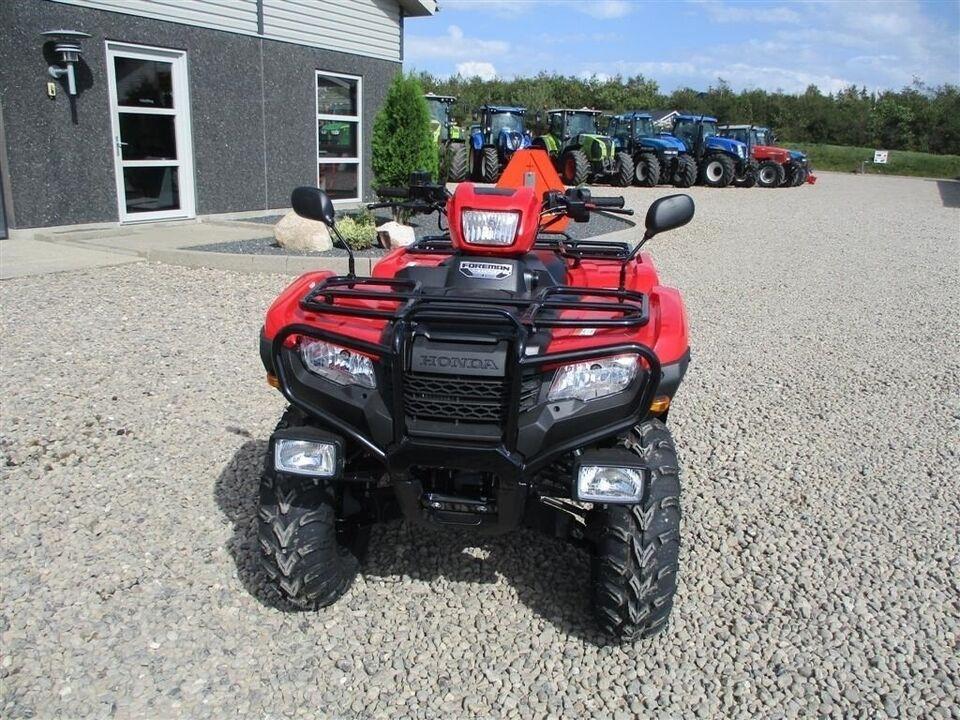 Honda, TRX 500 FE traktor med nrplader på