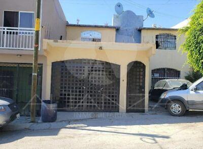 Casa en Venta en Fraccionamiento El Refugio Sección Quintas Campestre, Tijuana