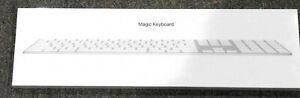 APPLE-MAGIC-KEYBOARD-WIRELESS-WITH-NUMERIC-KEYPAD-MQ052LL-A-SILVER