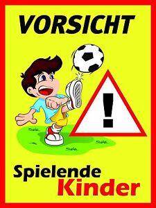 """Schild """"Achtung spielende Kinder"""", Warnhinweis, langsam ..."""
