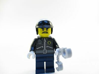The LEGO Ninjago Movie 70607 Officer Toque Minifigure with handcuffs Unassembled