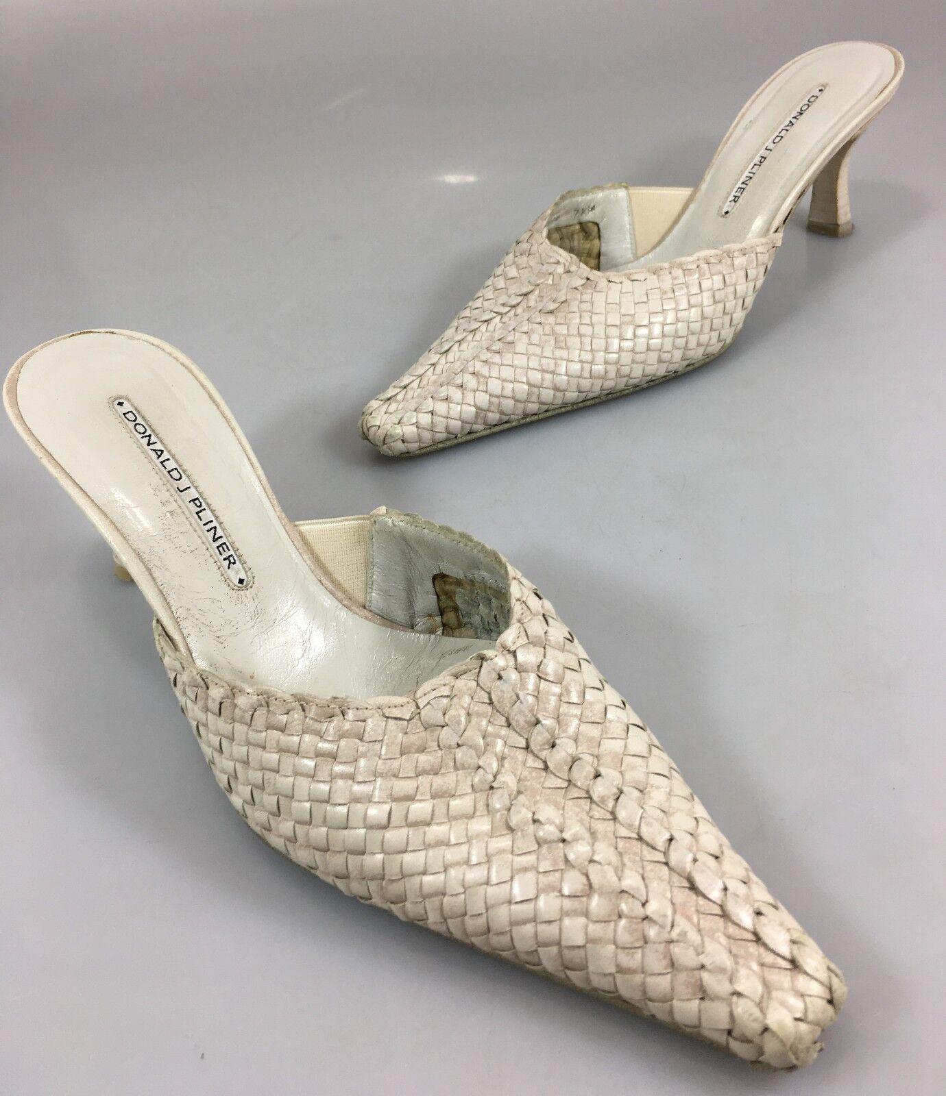 tutti i beni sono speciali Donald J Pliner 7.5 Llana Llana Llana Pale rosa Woven Leather 2.5  Kitten Heels Mules scarpe  negozio di moda in vendita
