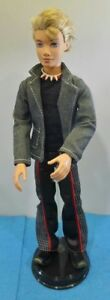 Ken Without Determine Doll 2007 Collection Mattel Mode Blond Yeux Bleus