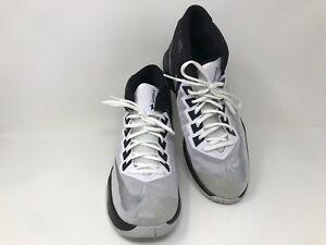 bb3e193b22d New!! Nike Men s Zoom Devosion Basketball Shoe SZ 10.5 844592 White ...