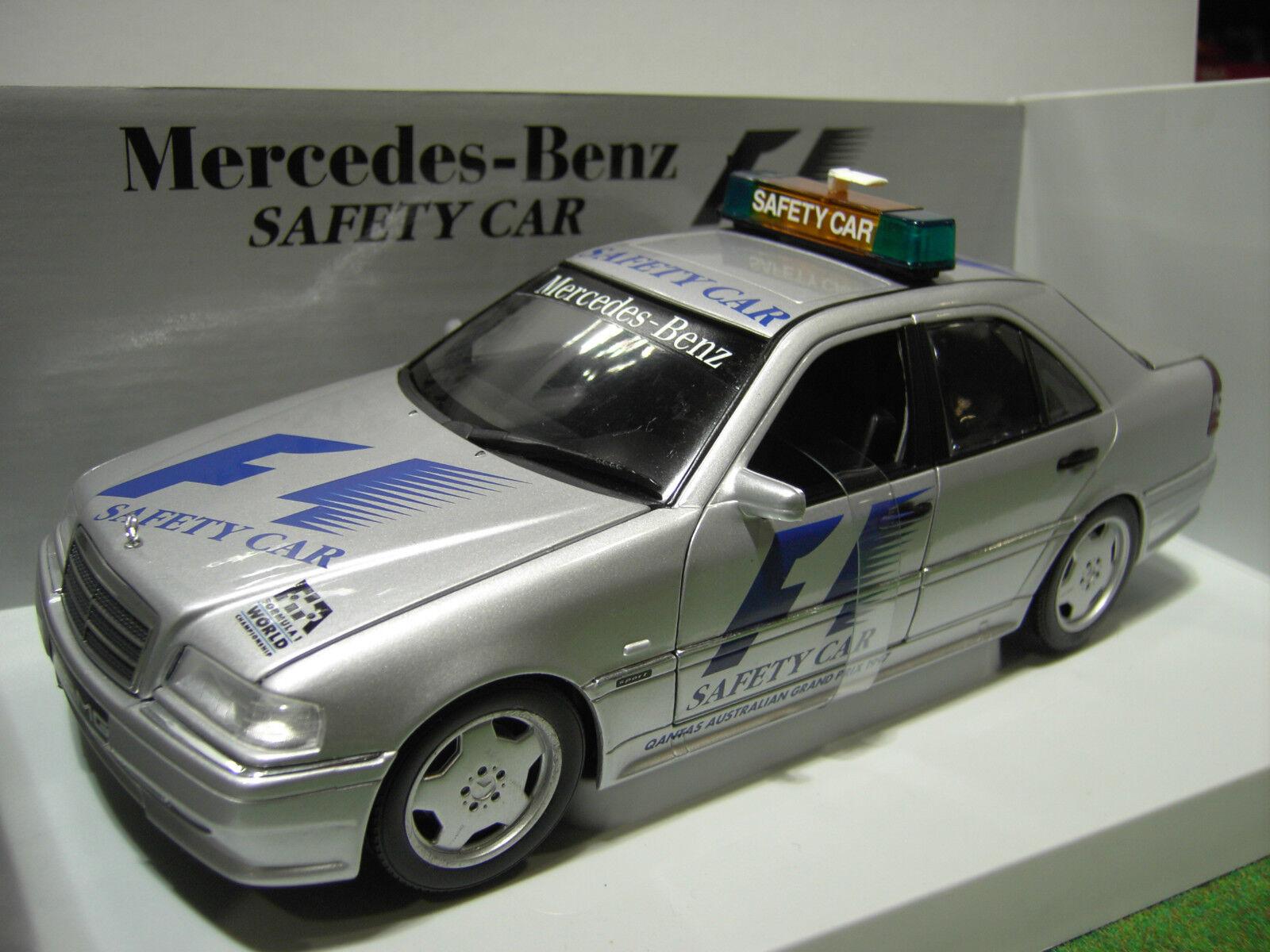 MERCEDES BENZ C CLASS AMG SAFETY CAR au 1 18 UT Models 26105 voiture miniature