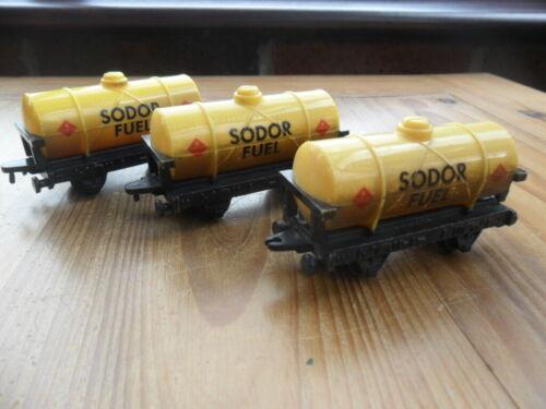 SODOR FUEL TANKERS POST DISCOUNTS!! ERTL Thomas Tank Engine /& Friends Train