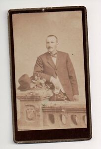 Vintage-CDV-Dapper-Young-Midwest-Man-Loquist-Brothers-Photo-Peoria-Illinois