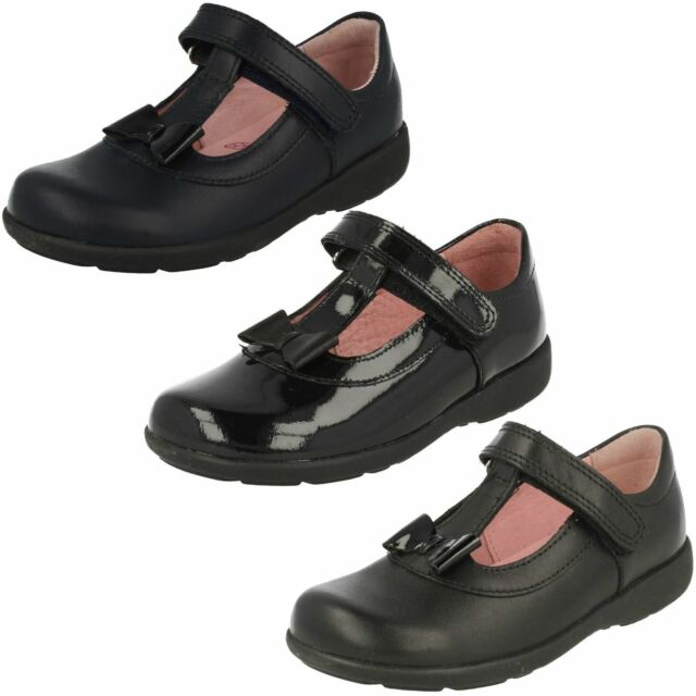 Infant Girls Startrite Casual T-Bar Buckle Rounded Toe Patent Shoes Pixie