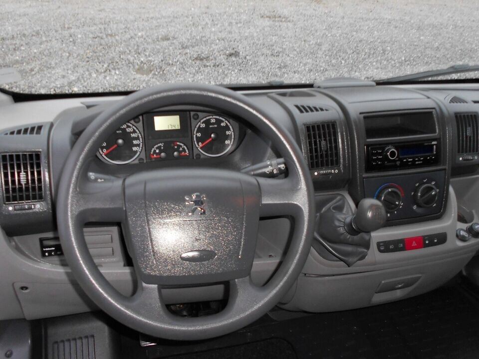 Peugeot Boxer 335 2,2 HDi 120 Ladvogn L2 Diesel modelår 2011