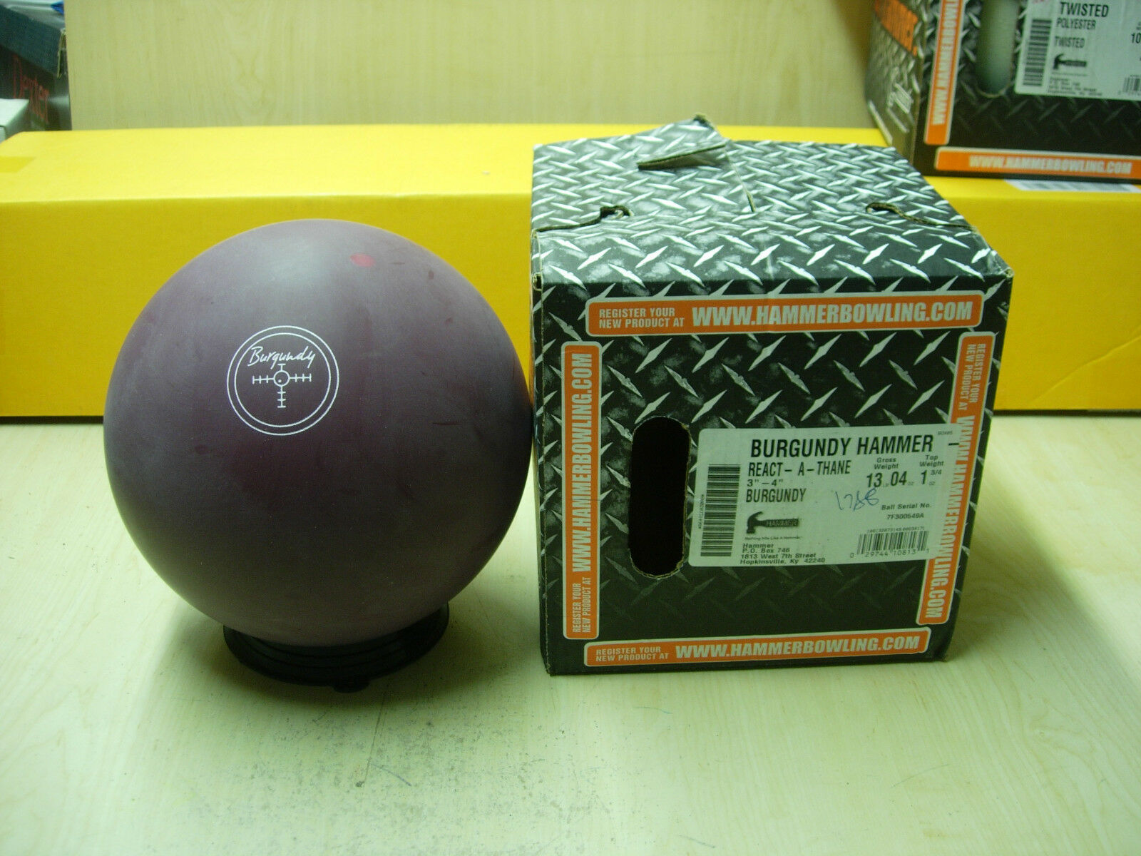 13oz, TW 1.75, P 3-4 NIB Hammer 2017 BURGUNDY REACT-A-THANE Bowling Ball