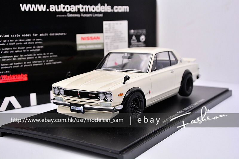 Autoart 1 18 Nissan Skyline GT-R (KPGC 10) Tuned Version Blanc