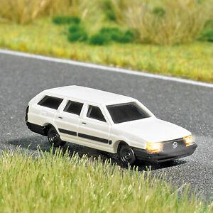 Busch-5691-VW-Passat-with-Light-N-Gauge-Finshed-Model-1-160