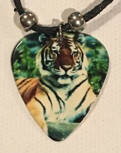 TIGER-Guitar-Pick-Necklace-Wild-Jungle-Animal-C