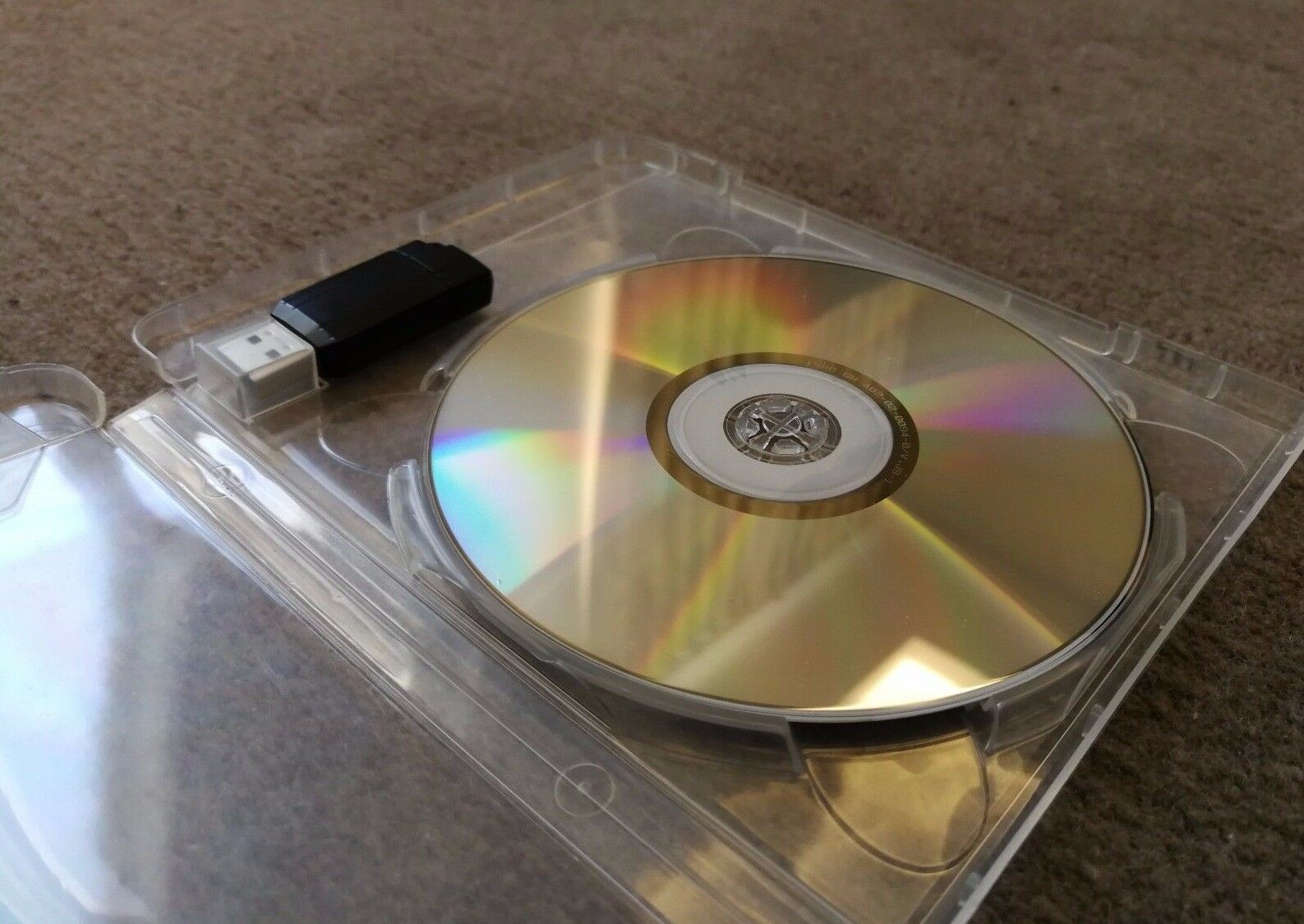 This is an image of Sizzling Clear Cd Dvd Labels