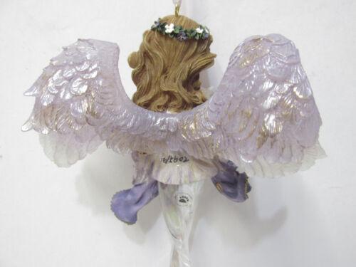 "Boyds 25104-1E /""Serena/"" Guardian of Peace Charming Angel Ornament NIB MINT"