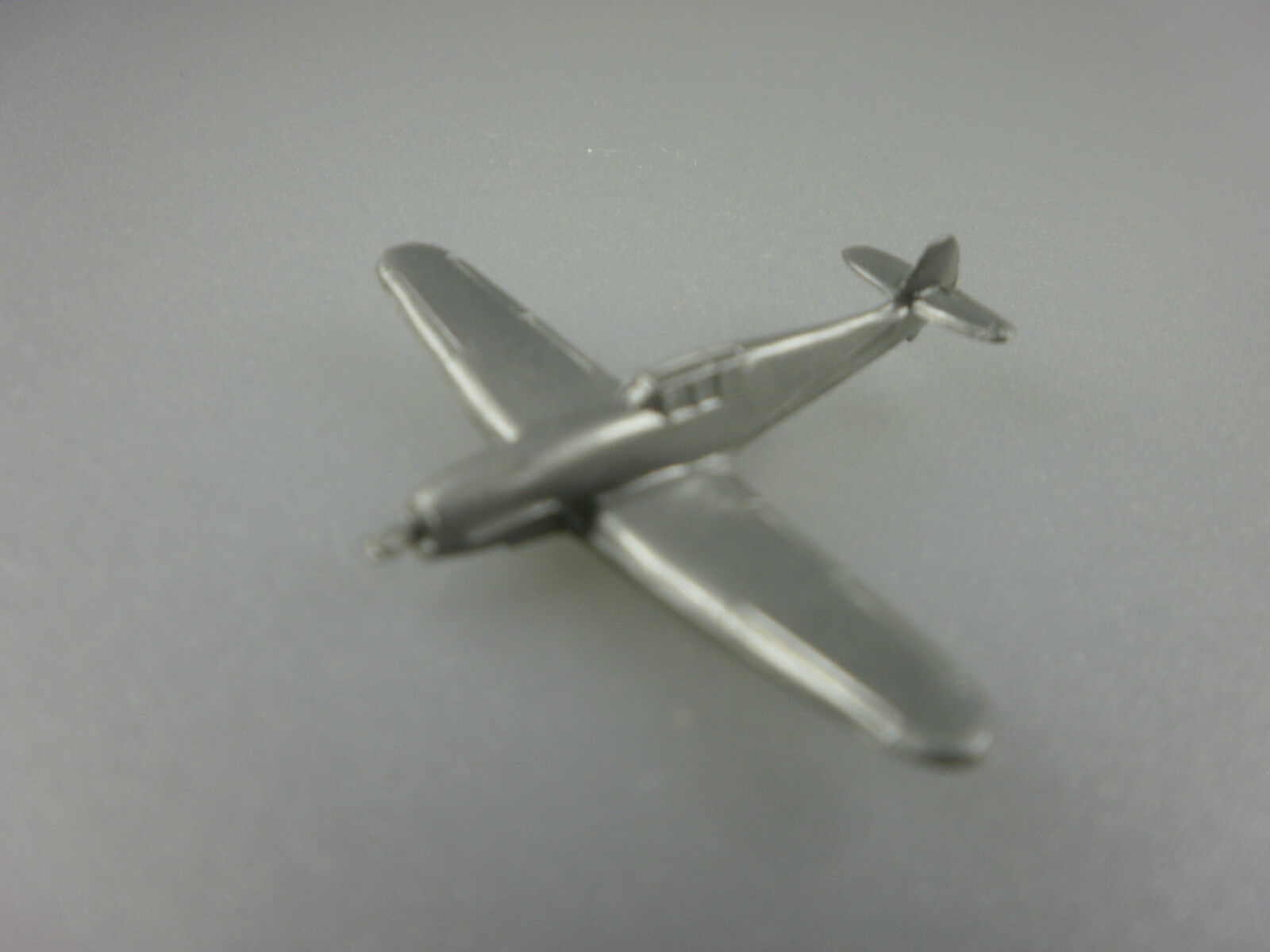 Wiking  avion couteau Schmitt Me 109 F couleur  rohargent  (cisaillement 1)