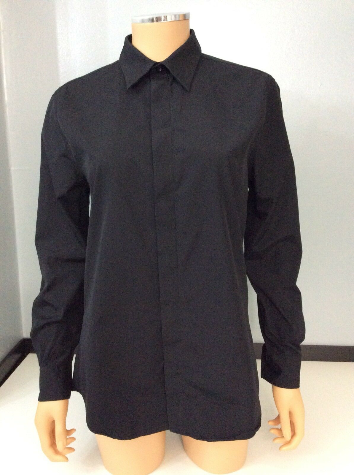Givenchy Paris schwarz Shirt Blouse top  Größe 38 Collar Vgc Long Sleeve