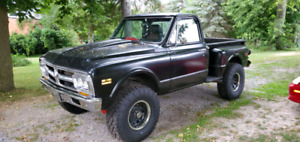 1970  GMC 4x4 short stepside