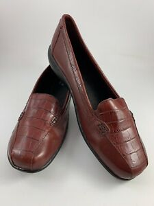 db300b1c Clarks Bendables Women's Dark Red Leather Slip On Loafers Flats Size ...