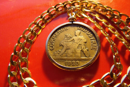 """Classic 1920/'s  Paris French Brass Coin Pendant 20/"""" 18k Gold Filled Chain"""