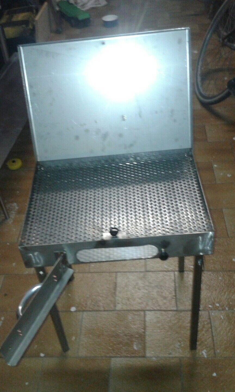 Valigetta barbecue a carbonella in acciaio inox da pic -nic