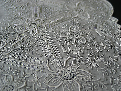 Vtg Finely Hand Embroidered Handkerchief Needle Lace Filling Stitches Last One!
