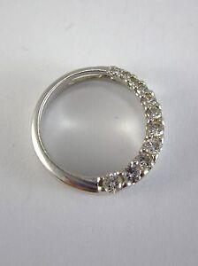 BEAUTIFUL LADIES 14K WHITE GOLD DIAMOND CIRCLE PENDANT 1 5 GRAMS 0 232 CT