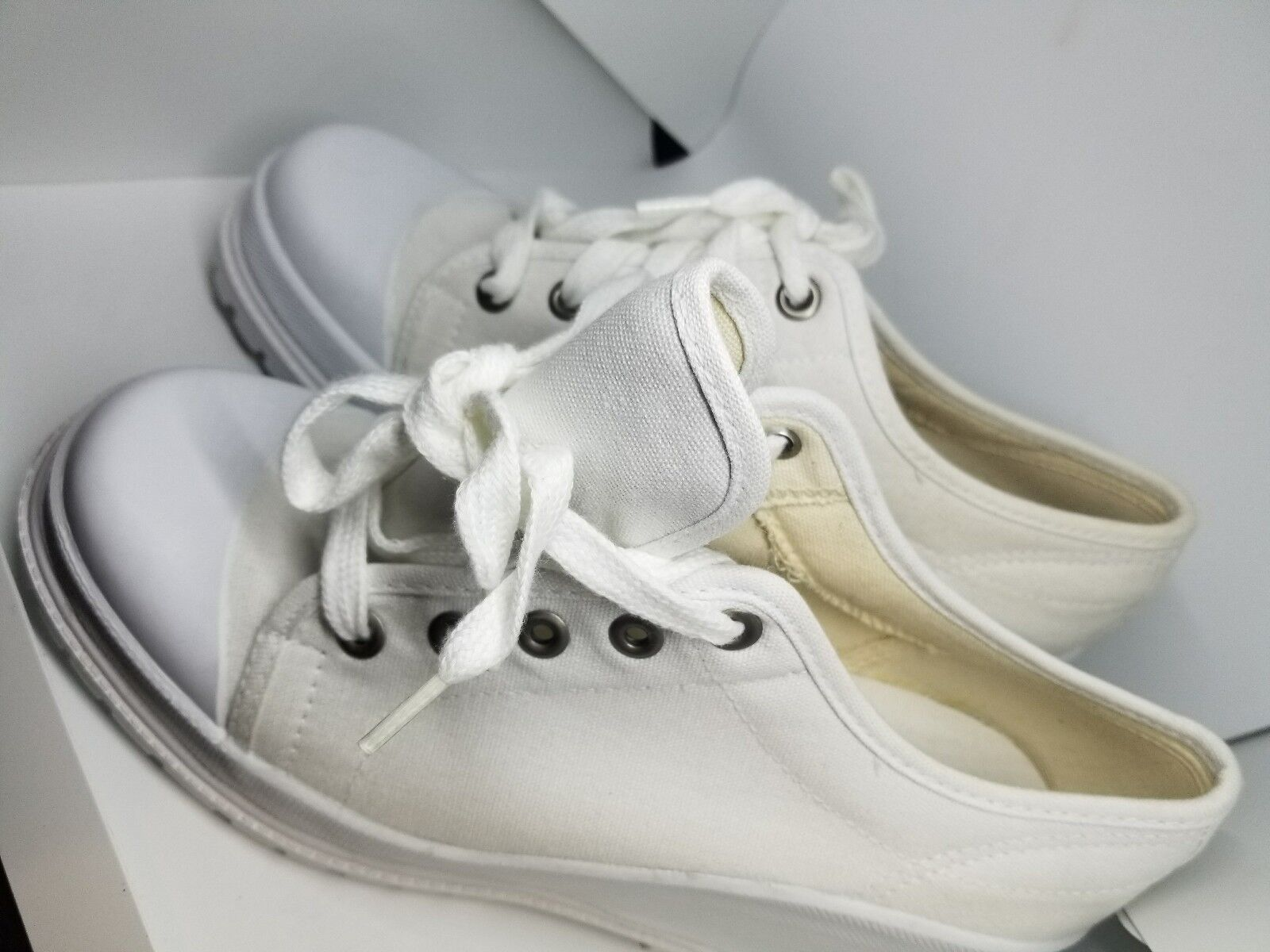VINTAGE BASS off white white wedge CANVAS sneakers shoe 9M