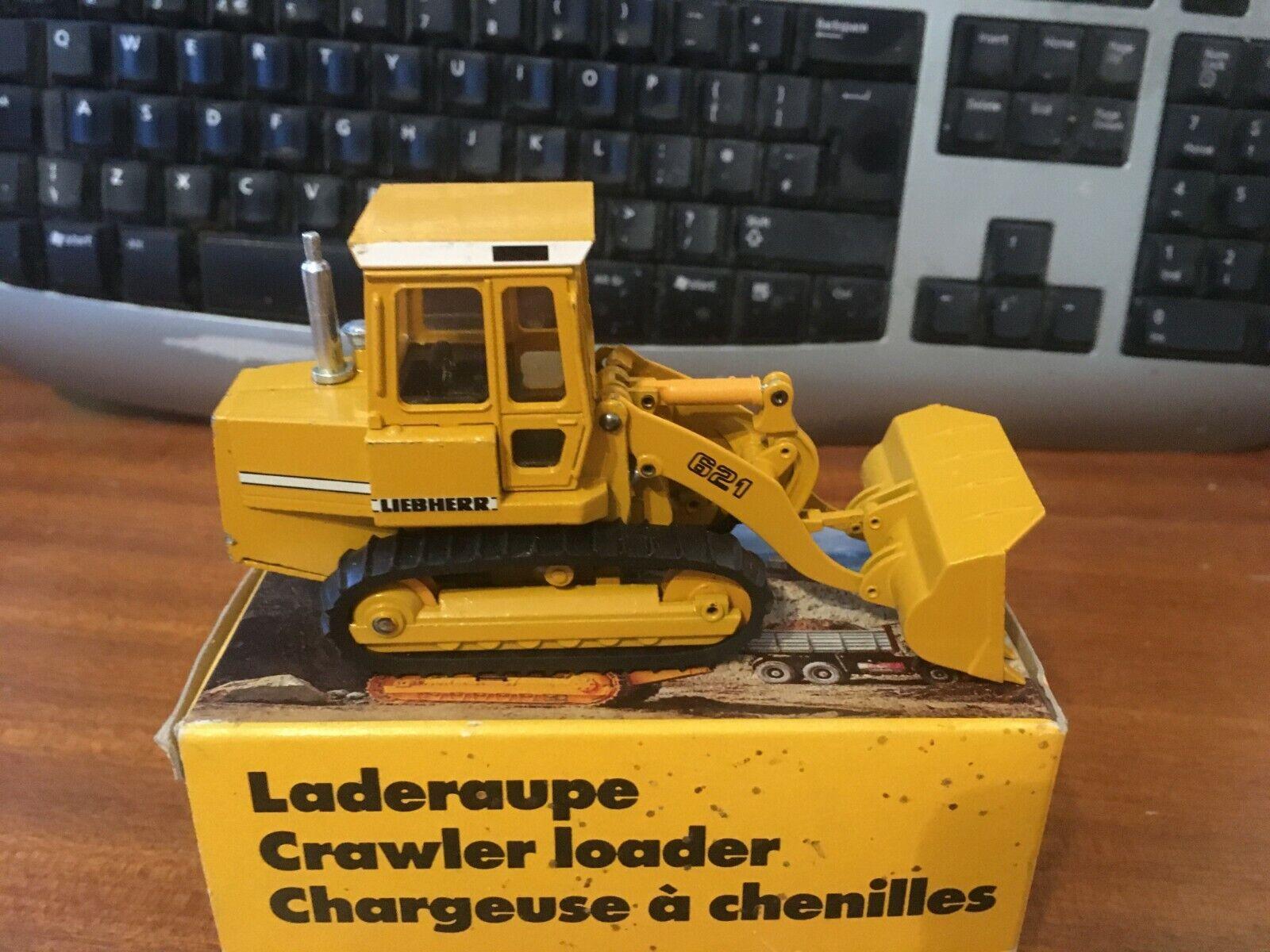 Conrad 1 50 Scale Liebherr LR621 LR621 Crawler Loader - Boxed