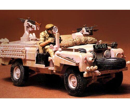 1 Tamiya 1//35 WWII Brit.SAS Land Rover P.Pant. Nr 300035076