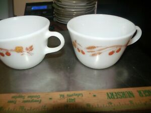 Pyrex Harvest Home Golden Wheat Berrys Coffee Cup  1970s Vintage 2 Corning  USA