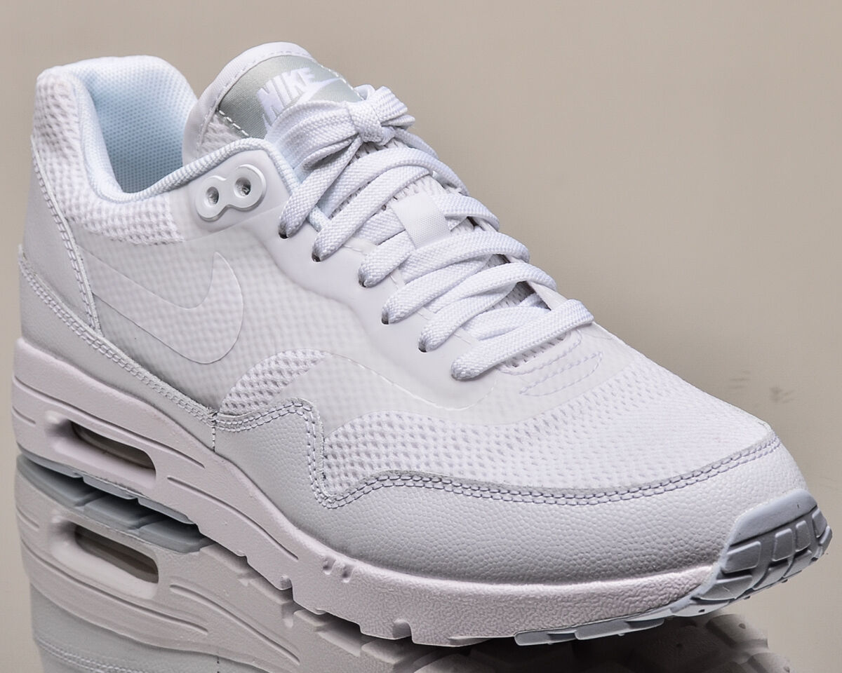 Nike WMNS Air Max 1 Ultra Essentials donna lifestyle casual scarpe da ginnastica NEW bianca