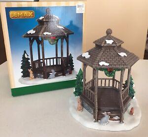 Lemax 2014 Christmas Village Accent, WINTER GAZEBO, 43084