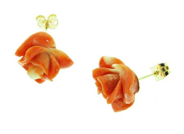 9 ct gold stud earrings with large coral roses