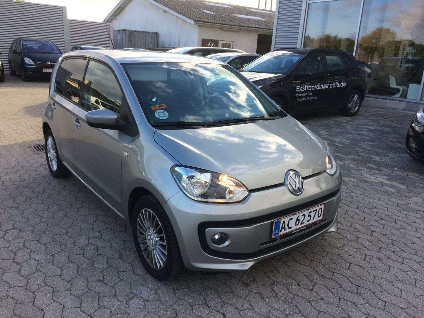 VW Up! 1,0 75 High Up! ASG 5d