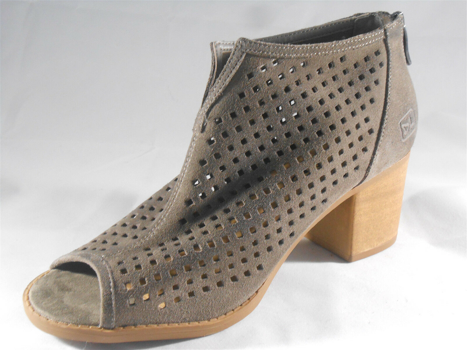 DIRTY LAUNDRY (TOO CUTE SUEDE OPEN TOE, BOOTIE ) WOMENS SIZE 7 BRAND NEW