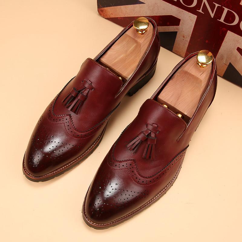 Handmade Uomo Wingtip brogue Tassels Shoes Uomo Burgundy color formal shoes