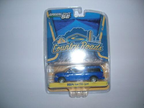 1:64 Greenlight Country Roads 2014 Ram 1500 Sport blau blue