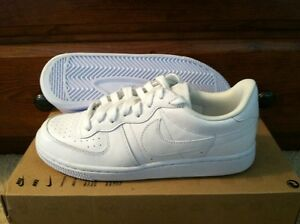 new nike womens legend casual all white shoes size 75 low