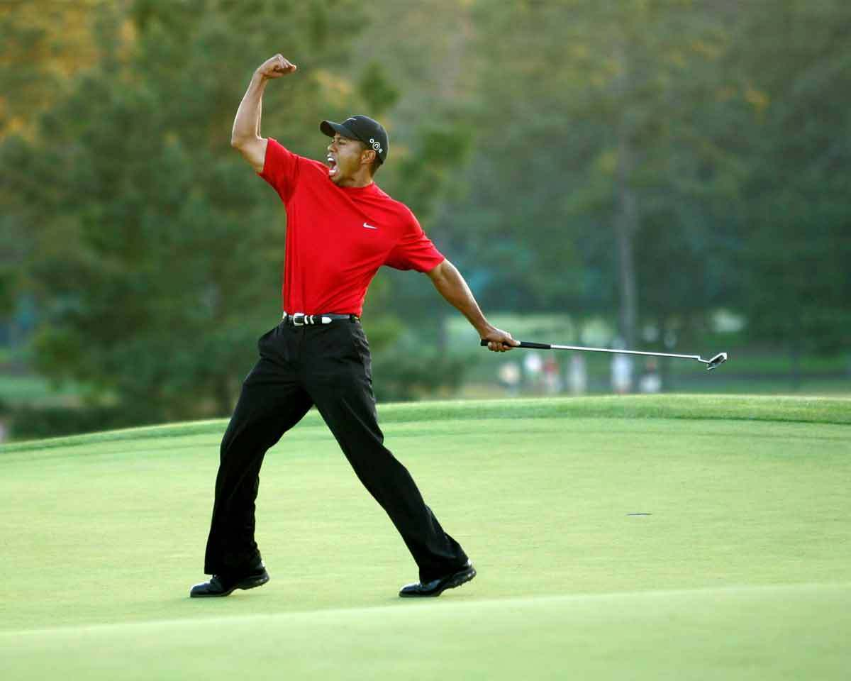 Tiger Woods Golf 2005 Masters 8x10 Photo 013 2