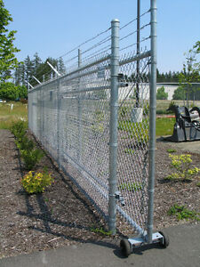 Silver-Cantilever-Chain-Link-Gate-Package-w-Barbwire-Posts-Caps-amp-Rollers