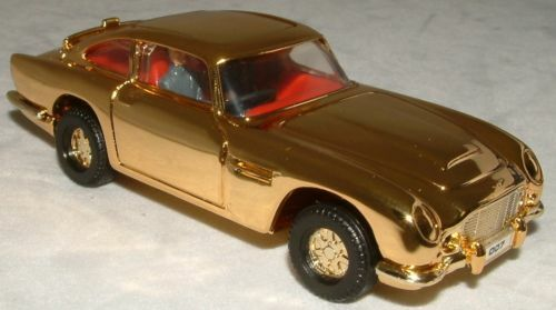 JAMES BOND   gold PLATED ASTON MARTIN DB5 (XP)